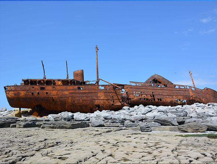 Plassy_shipwreck_2016-1